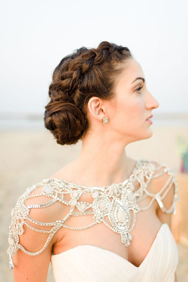 shoulder jewelry is a unique wedding accessory