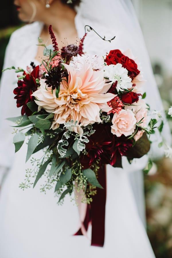 Fall flower wedding trends